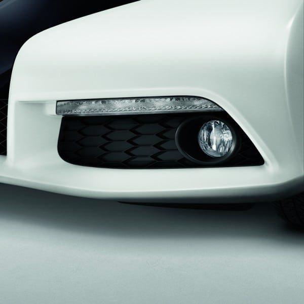 Genuine Honda Civic 5 Door Front Fog Light Kit (Petrol) 2012-2016